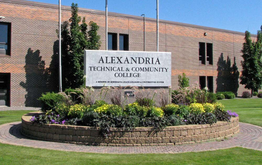 Alexandria Technical & Community College - Online Paralegal